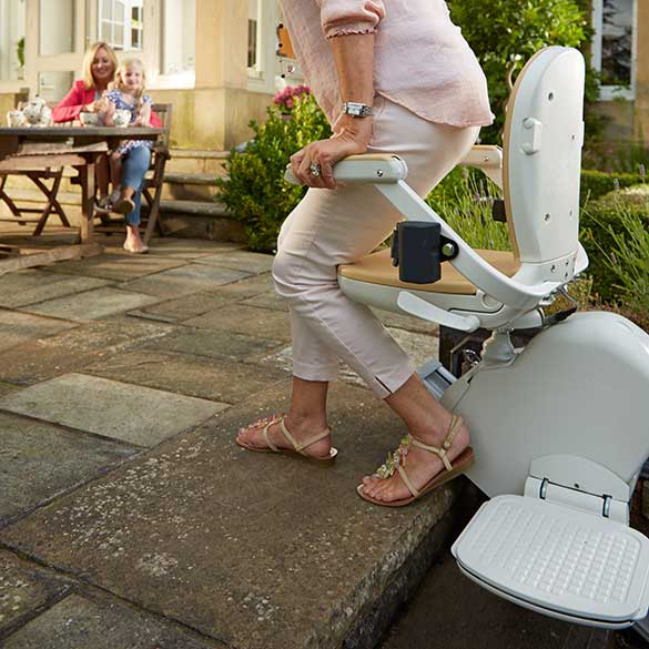 ACORN OUTDOOR 130 STAIR CHAIR LIFT SPECIALIST